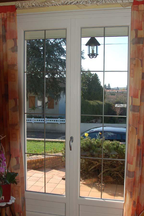 Porte-fenêtre PVC, vue de l'intérieur