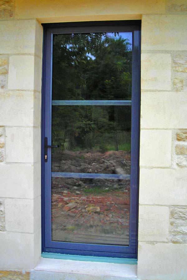 Porte vitrée moderne
